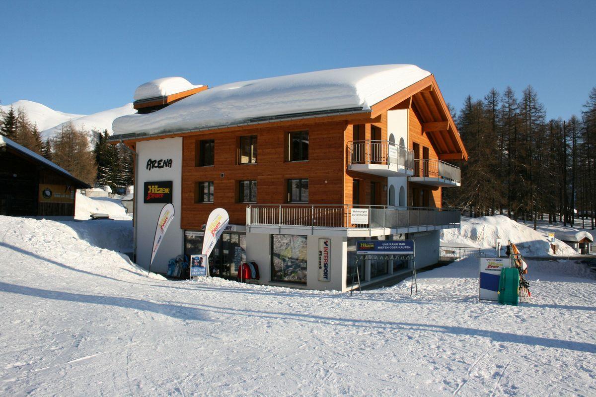Haus_Arena_Aussenfoto_Winter_IMG_6119.jpg
