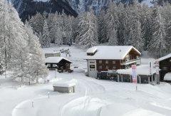 hausarena_aussenfoto_winter.jpg